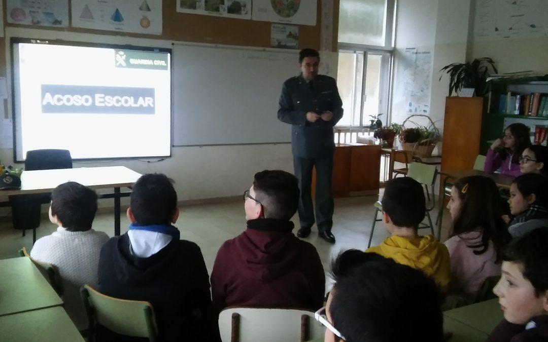 11-02-2017 CHARLA CONTRA O BULLYING E CIBERBULLYING, por Dani Iglesias e Iago Seco (Reporteiros da Pastoriza)