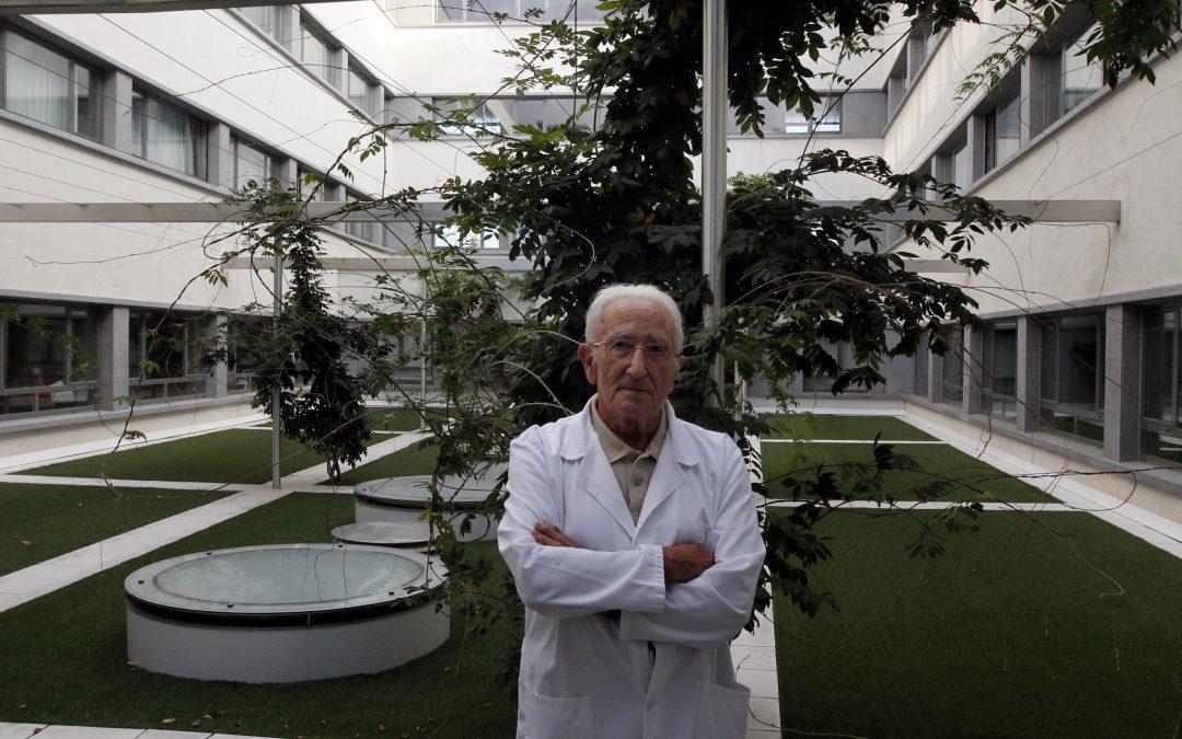 """15-02-2017 """"UNHA VIDA DURA"""" – Entrevista ó Dr. López Pardo por M. Loureda – CPR SAN JOSÉ"""