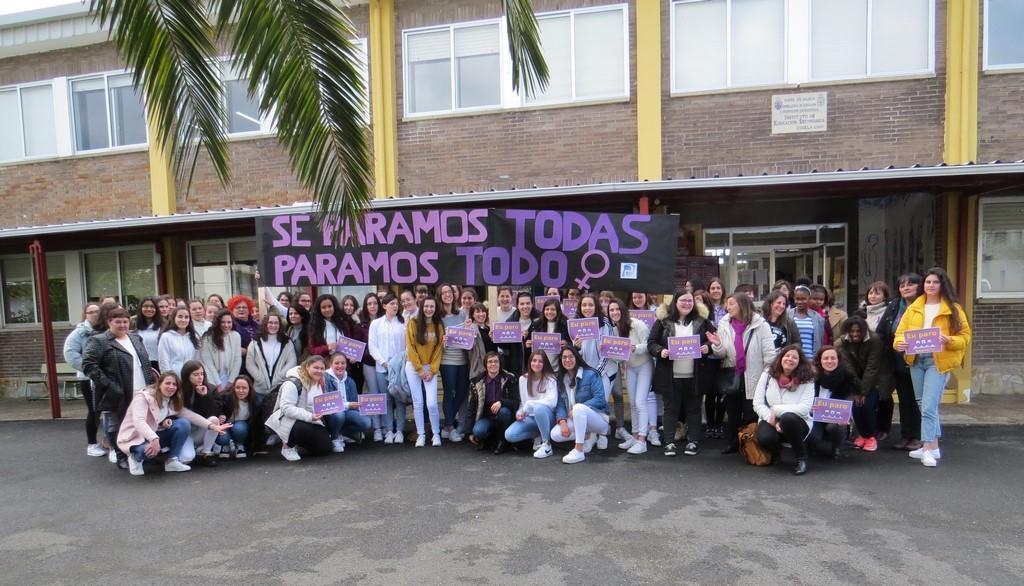 Parón do 8M. Día da Muller Traballadora por Andrea Santos Pereiro – 4º ESO – IES Perdouro (Burela)